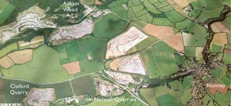 Aerial view of Holwell and Nunney (click to enlarge view).