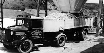 Load of lime leaving Callow Rock, Cheddar sometime in the 1940s. Courtesy National Stone Centre.
