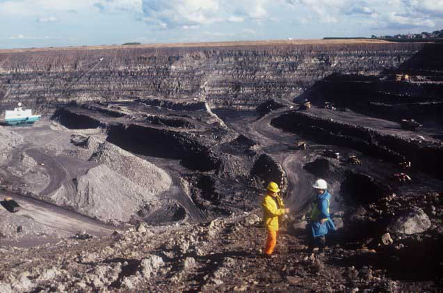 Surface coal mine, BGS©NERC