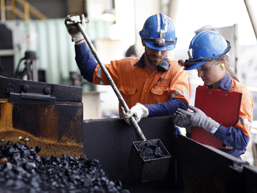 Sampling coal screen, Lake Lindsay Mine in Queensland Australia, ©Anglo American
