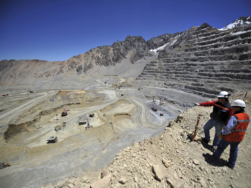 Los Bronces Copper open pit ©Anglo American